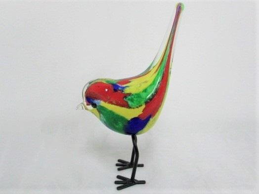 Spurv på ben,hale op,  multicolour