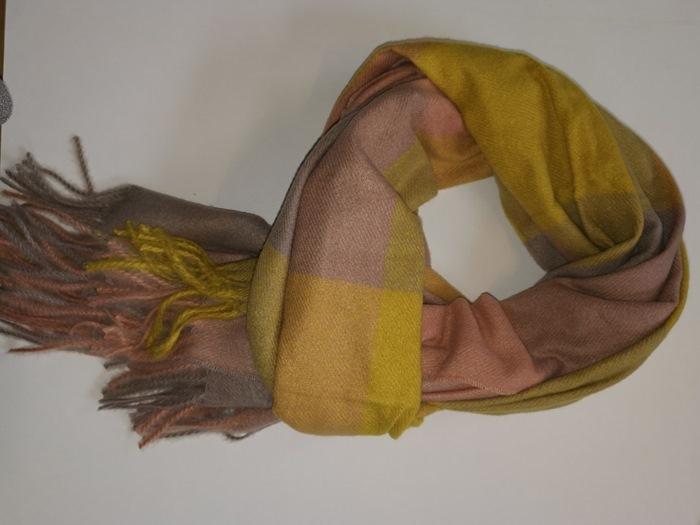 Tørklæde, kraftigt m/felter, Gul