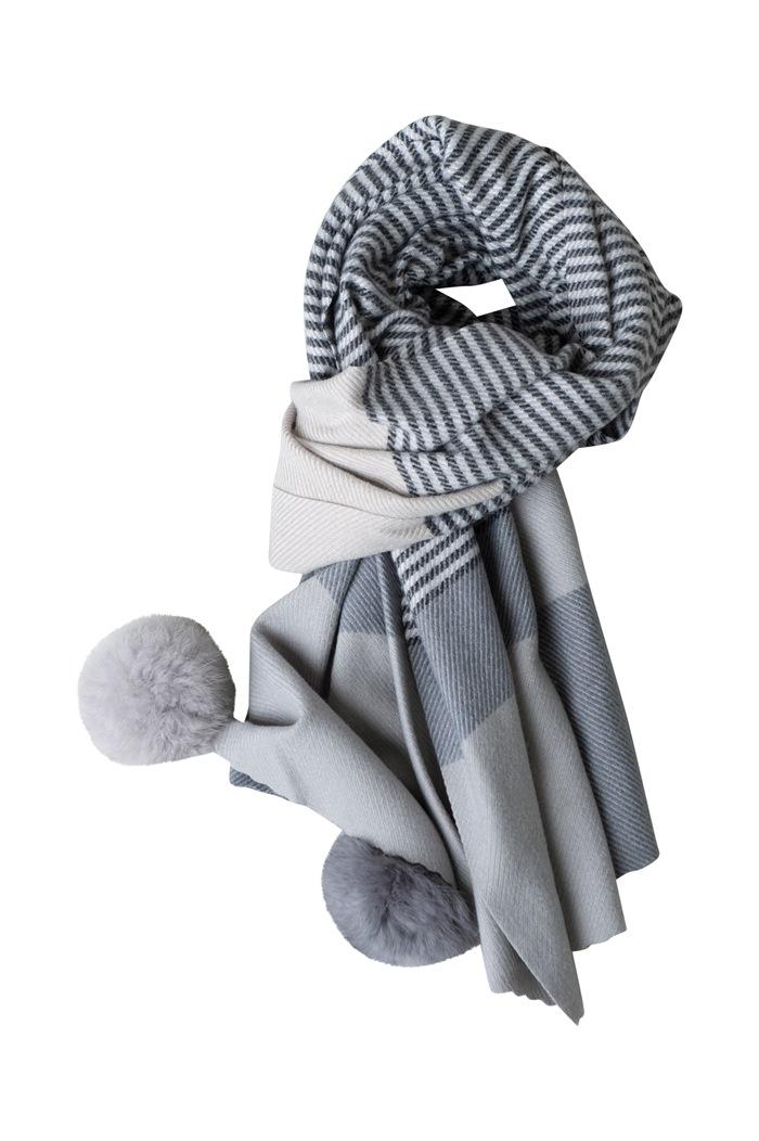 Tørklæde, kraftigt m/pompom, Strib, Grå (01022-7)
